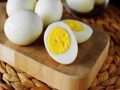 पुरुषों के लिए पैसे से ज्यादा जरूरी अंडे का पीला भाग