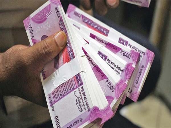 हर महीने केवल करें 4500 रुपये की बचत और बन जाए करोड़पति