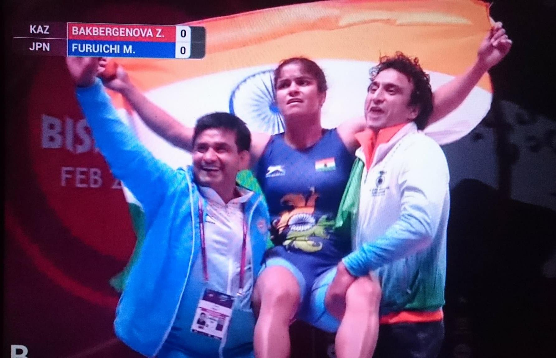एशिया में स्वर्ण पदक जीतने वाली पहली भारतीय महिला बनीं पहलवान नवजोत कौर
