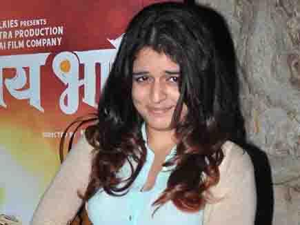 राजनीति नहीं फिल्मों में काम करेंगी राज ठाकरे की बेटी, ऐसी है चर्चा