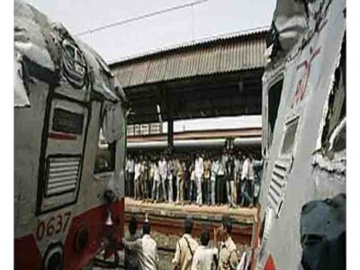 मुंबई की जीवनरेखा पर रेल अप्रेंटिसों का चार घंटे पहरा