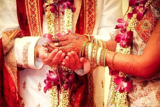 शादियों का  विकृत होता स्वरूप