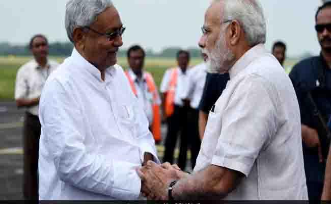गुजरात : दूसरी बार मुख्य मंत्री पद की शपथ लेंगे विजय रुपाणी, कैबिनेट में छह पाटीदार और छह ओबीसी मंत्री
