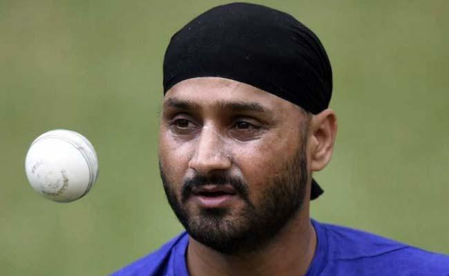 INDvsSL: ऑफ स्पिनर हरभजन सिंह ने श्रीलंका टीम का बनाया मजाक कहा...