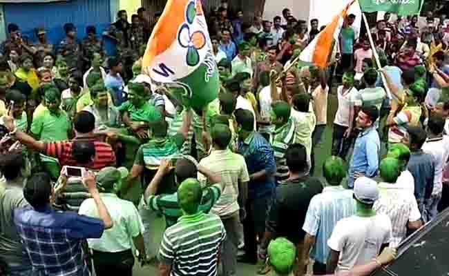 तृणमूल ने बीजेपी को डाला मुश्किल में, बोली - पहले बीजेपी शासित राज्यों में एक साथ हों लोकसभा-विधानसभा चुनाव