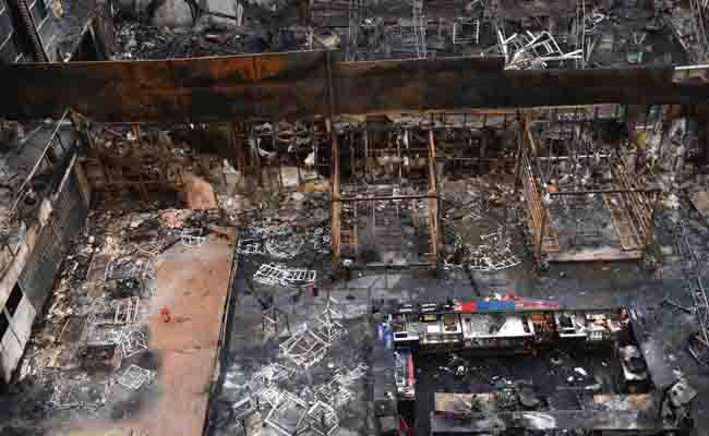 अवैध हुक्का से उठी आग की चिंगारी ने कमला मिल्स कंपाउंड को जलाकर राख कर दिया