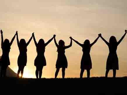 गुजरात विधानसभा में बढ़ी महिलाओं की भागेदारी, 14 नई विधायक