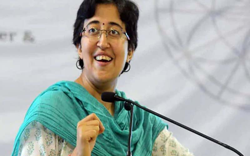 दिल्ली : मंत्री कैलाश गहलोत के घर पर छापेमारी से 'आप' भड़की, केंद्र सरकार पर लगाए आरोप