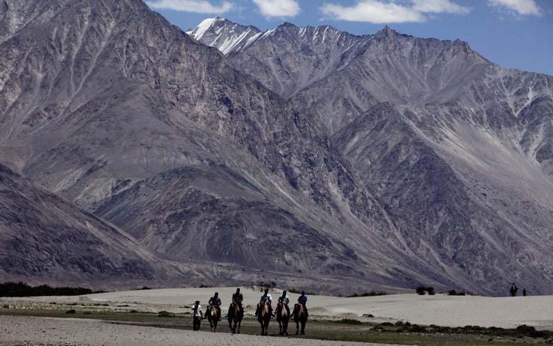 भारत और चीन की कोशिशों के बावजूद पूर्वी लद्दाख में तनाव बरकरार