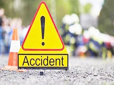 मुजफ्फरनगर : कार और ट्रक की टक्कर में चार की मौत