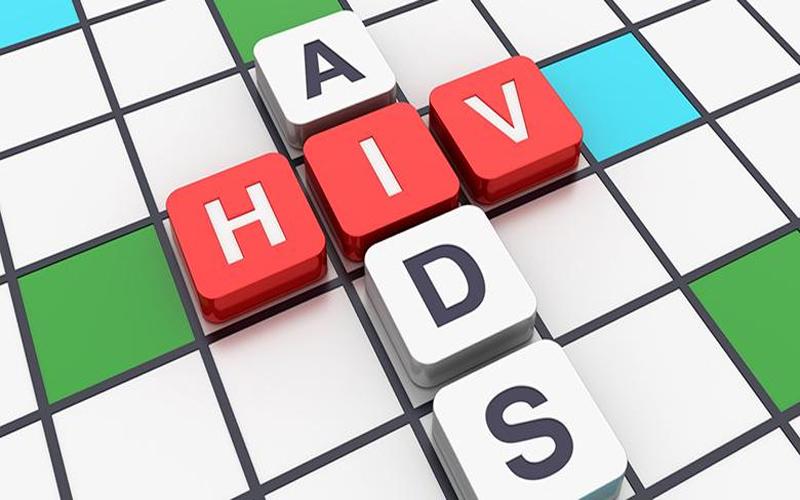 बच्चों में बड़ रही है एड्स की समस्या