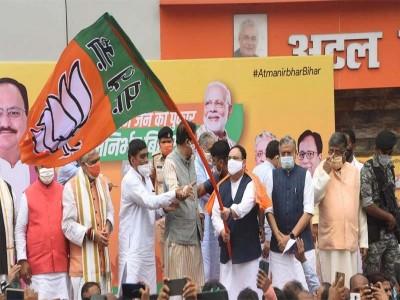 बिहार चुनाव: जानें कैसे लड़ेंगे लालू के लाल तेजस्वी बनाम मोदी के तेजस्वी की लड़ाई?