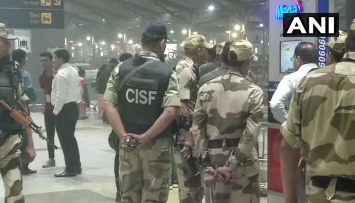 दिल्ली : संदिग्ध बैग मिलने पर बढ़ी इंदिरा गांधी अंतरराष्ट्रीय हवाई अड्डे पर सुरक्षा