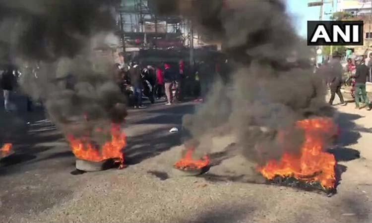 नागरिकता संशोधन बिल के खिलाफ असम में प्रदर्शन