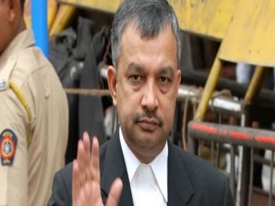 रिया चक्रवर्ती के वकील सतीश मानेशिंदे ने फीस को लेकर तोड़ी चुप्पी, बताया पूरा सच