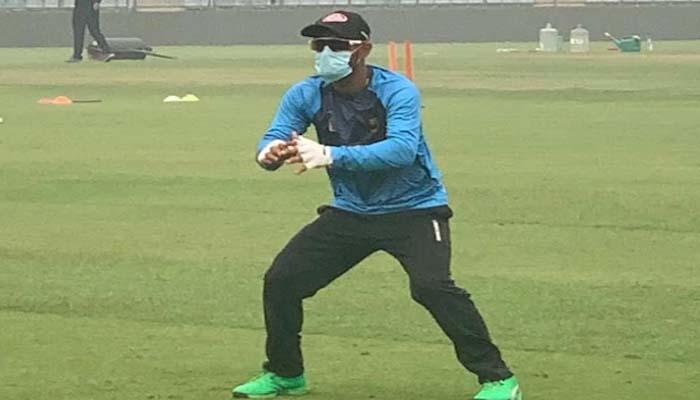 India vs Bangladesh: दिल्ली के प्रदूषण से घबराए बांग्लादेशी प्लेयर, मॉस्क पहनकर की प्रैक्टिस...