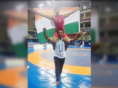 सीनियर विश्व कप कुश्ती में रजत पदक जीतने वाली देश की पहली महिला पहलवान बनी अंशु मलिक