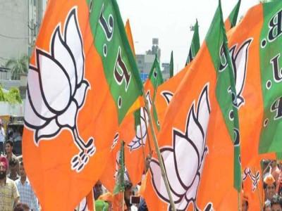 राजस्थांन के 6 BJP विधायक 'मानसिक शांति' के लिए पहुंचे गुजरात
