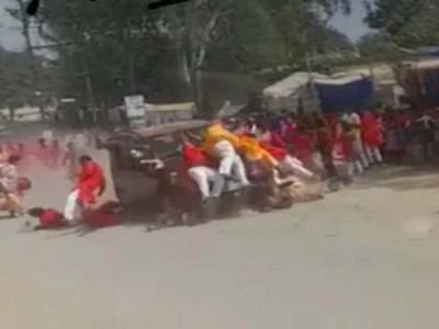 छत्तीसगढ़: जशपुर में मूर्ति विसर्जन जुलूस पर चढ़ाई कार, 4 की मौत, 20 घायल