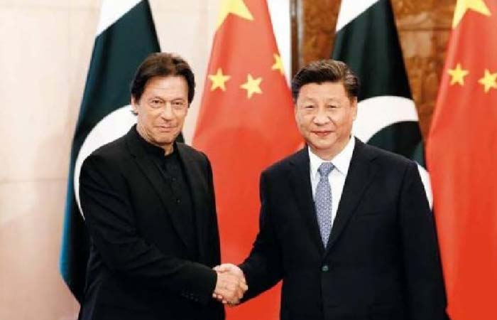 चीन की 'चाल' में घिरा पाक! कोरोना काल में पाकिस्तान बना 'डेडली लैब'