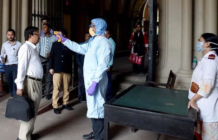 Coronavirus: देश में बढ़ी कोरोना मरीजों की संख्या, बीते 24 घंटे में हुई 67 लोगों की मौत