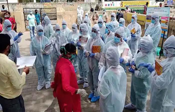 दिल्ली: राजधानी में कोरोना ने मचाया आतंक, मरीजों की संख्या 1 लाख के करीब