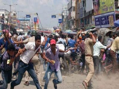 दिल्ली हिंसा के बीच इस बॉलीवुड एक्टर ने किया नेताओं को लेकर ये ट्वीट
