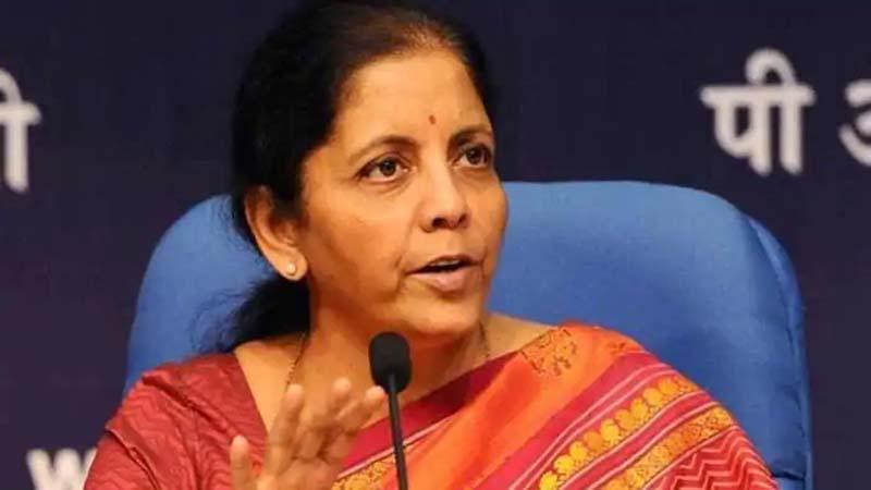बड़ी खबर- वित्त मंत्री सीतारमण ने दिया इशारा, आगे बढ़ सकती है लोन EMI पर मिल रही छूट