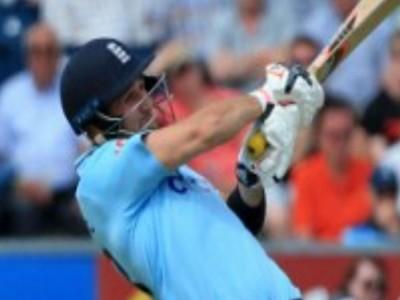 World T20: भारत को हराकर इंग्लैंड फाइनल में