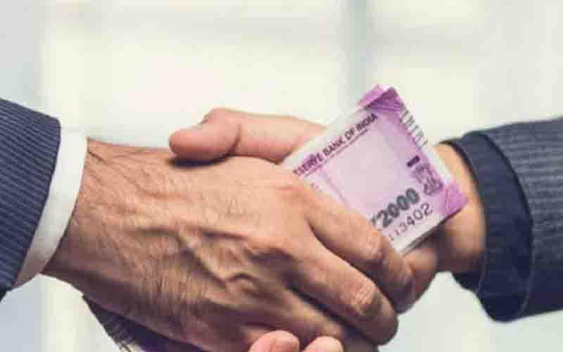 बेरोजगारी भ्रष्टाचार से होती है भारतीयों को सबसे अधिक परेशानी: सर्वेक्षण