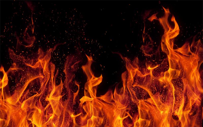 सतना जिले में आग में कूदकर महिला ने की खुदकुशी