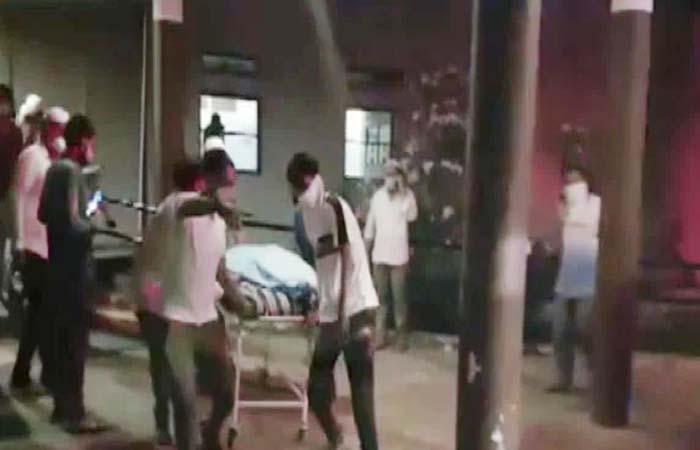 गुजरात: भरूच में कोविड अस्पताल में लगी भीषण आग, 18 लोगों की मौत