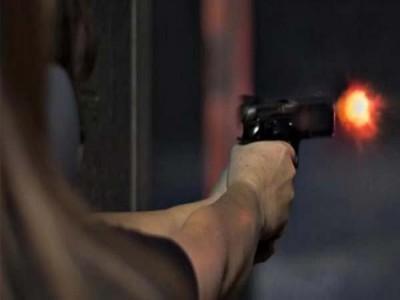 आतंकियों ने भाजपा कार्यकर्ता को घर में घुसकर मारी गोली