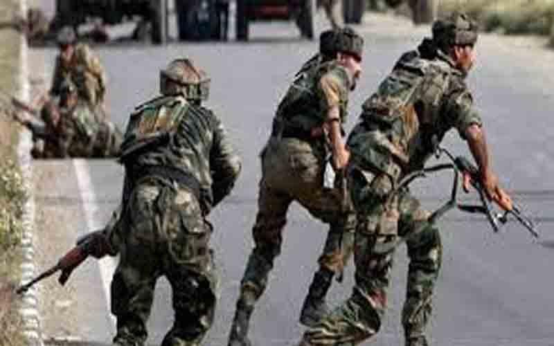 कश्मीर में आतंकवादी हमले में सीआरपीएफ के दो जवान घायल