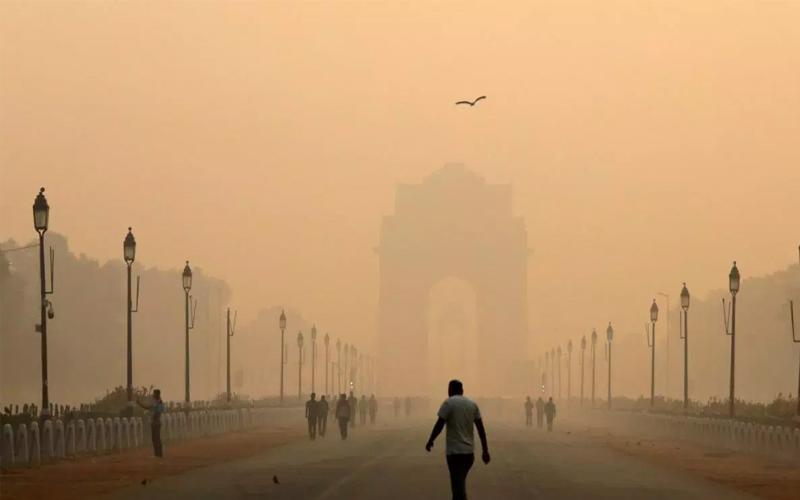 सिगरेट न पीने वालों पर भी 15 से 20 सिगरेट पीने का राजधानी वालों पर असर कर रही है दिल्ली-NCR की हवा