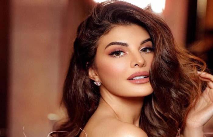 कहीं भारतीय अभिनेत्री को पिछे ना छोड़ दे जैकलीन