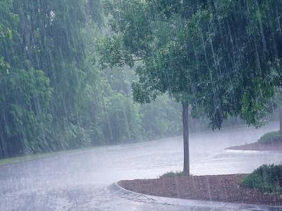 Weather Update Delhi: दिल्ली में हो सकती है हल्की बारिश, न्यूनतम तापमान 26 डिग्री