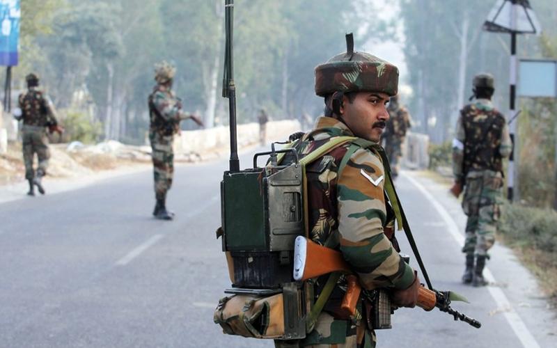 कश्मीर में 2017 से अब तक मारे 450 आतंकी