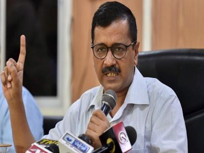 अपने शब्दों से भटके दिल्ली के सीएम केजरीवाल, मनोज तिवारी पर किया बड़ा हमला