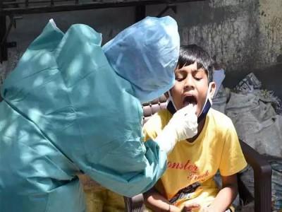 कोरोना के बीच बच्चों में वायरल फीवर का कहर
