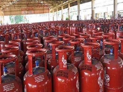LPG Cylinder: आम आदमी को मिली बड़ी राहत! अब रसोई गैस मिलना होगा आसान