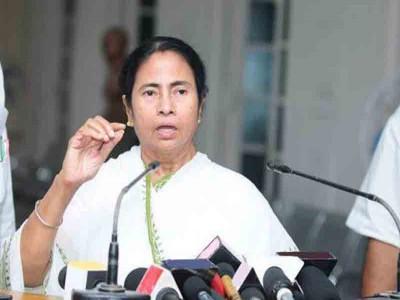 ममता सरकार की आलोचना करना पड़ा कांग्रेस नेता को भारी, हुए गिरफ्तार