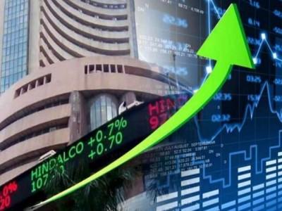 आर्थिक पैकेज की घोषणा के बाद शेयर बाजार ने लगाई लंबी छलांग