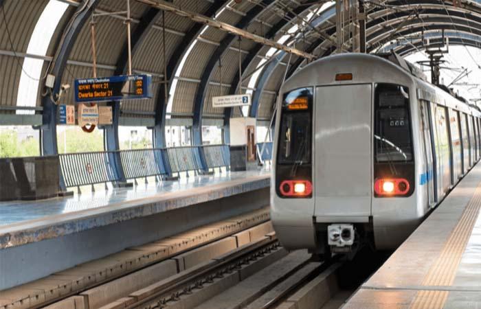 अनलॉक- 3 की गाइडलाइन जारी: मेट्रो रेल सेवाएं रहेंगी बंद, सिनेमाहॉल पर भी पाबंधी
