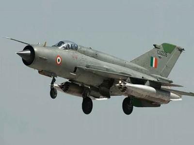 बीकानेर में वायुसेना का लड़ाकू विमान MIG 21 हुआ क्रैश