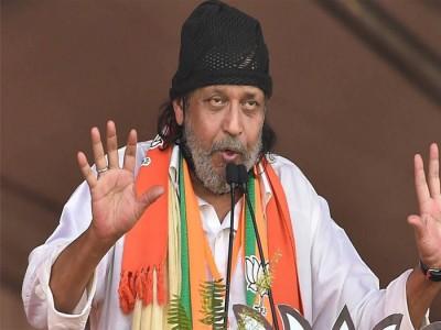 पश्चिम बंगाल चुनाव : चुनावों के दौरान विवादित बयान देने के मामले में मिथुन चक्रवर्ती से कोलकाता पुलिस ने की  पूछताछ