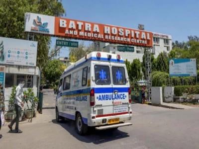 दिल्ली : बत्रा अस्पताल में ऑक्सीजन की कमी से हुई डॉक्टर समेत 8 की मौत