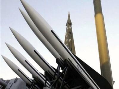 अमेरिका के पास कम हो गए परमाणु हथियार