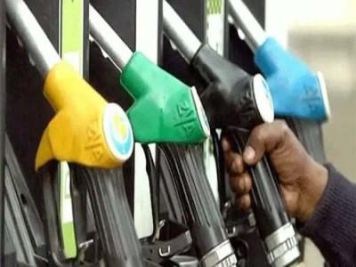 जानें आखिर क्यों बढ़ रहे है पेट्रोल के दाम, ये है पूरा गणित