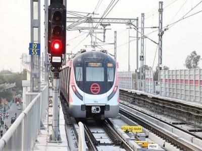 तकनीकी खराबी के चलते बदला दिल्ली मेट्रो की पिंक लाइन का समय